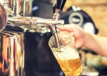 Como todas las Pymes manufactureras, las cervecerías artesanales están muy afectadas por los costos de los insumos y una brusca caída del consumo. Foto Télam/InfoGEI