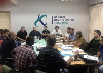 Los representantes de los Círculos Odontológicos del Distrito VI, durante la reunión realizada en Pergamino. Foto Prensa Circulo Distrito VI/InfoGEI