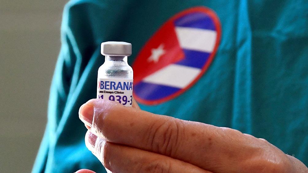 Hasta el momento 3.496.617 personas recibieron al menos una dosis de uno de los fármacos de fabricación local Abdala y Soberana 02, lo que representa el 31,25% de su población.