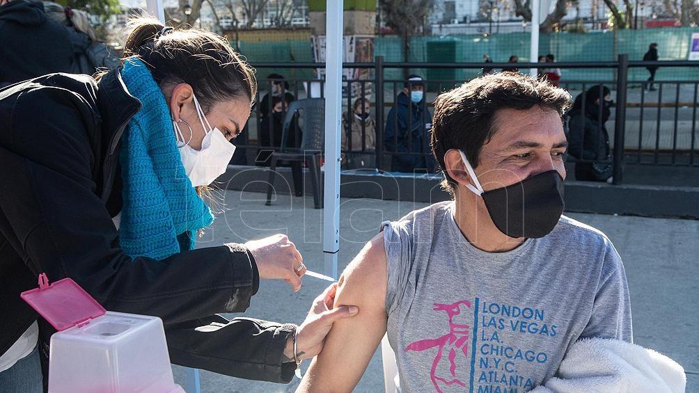"""""""En ningún caso la vacuna puede desarrollar la enfermedad por coronavirus porque ninguna vacuna"""