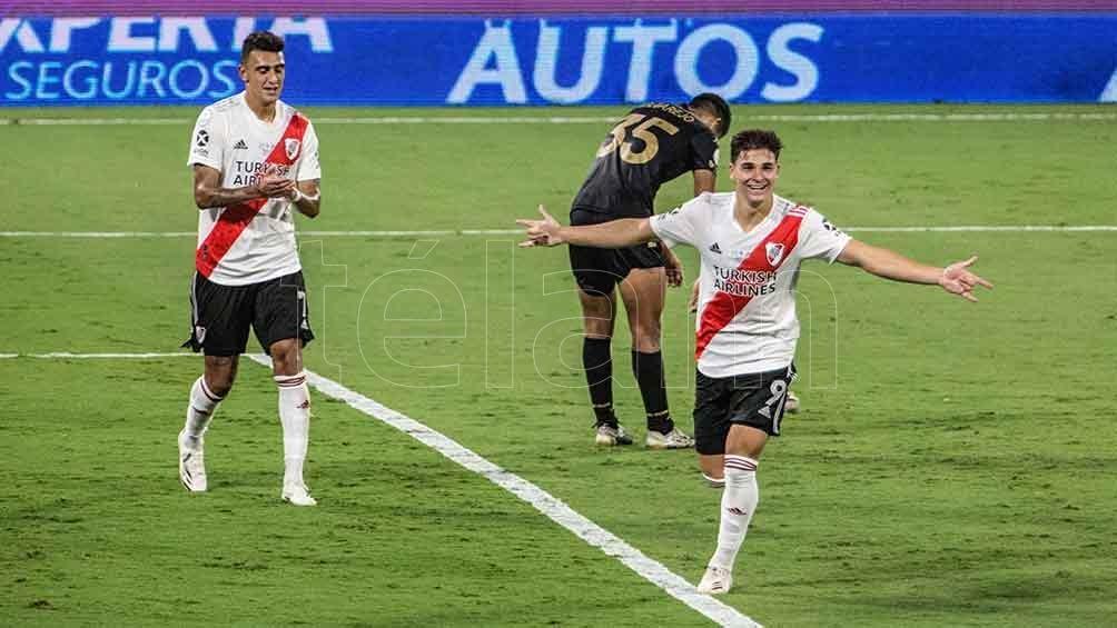 Julián Álvarez se perfila para remplazar a Matías Suárez en el superclásico de la semana próxima.