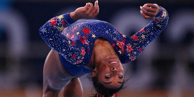 la estrella de la gimnasia simone biles se retiro de otras dos finales olimpicas