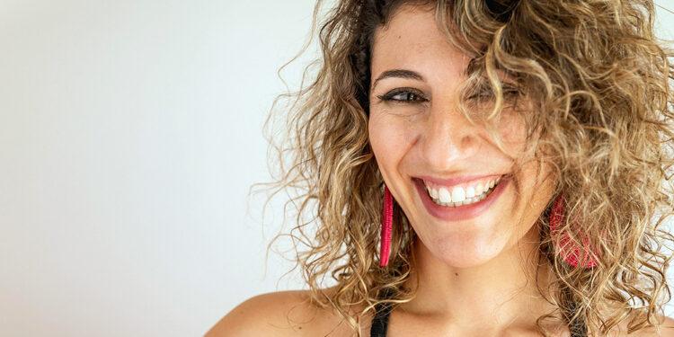 mariana mazu gano el gardel en tango por su debut independiente