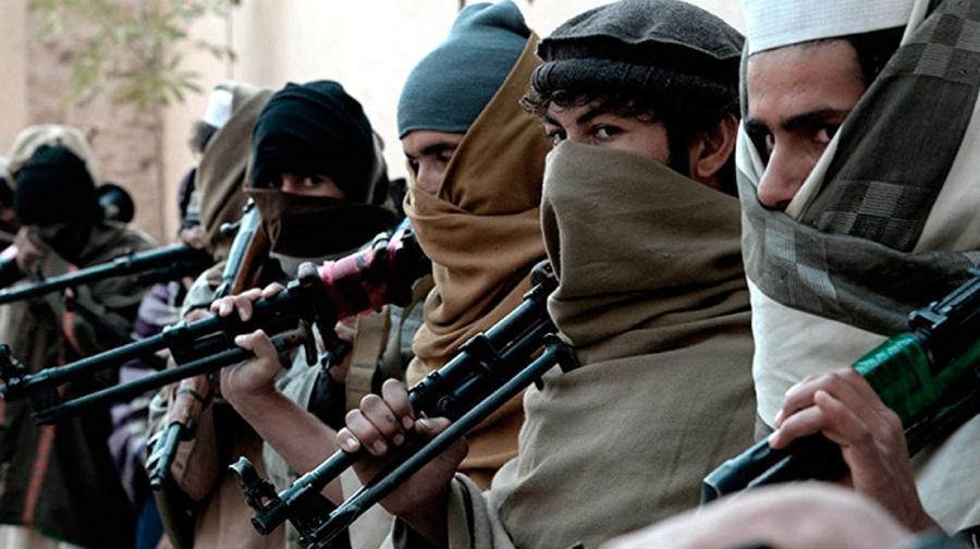 talibanes atacaron el aeropuerto de la segunda ciudad mas grande de afganistan