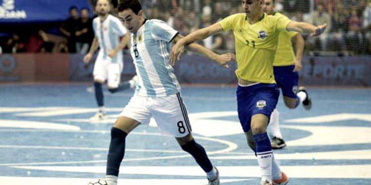 argentina arranco la defensa del titulo mundial con un 11 0 sobre estados unidos