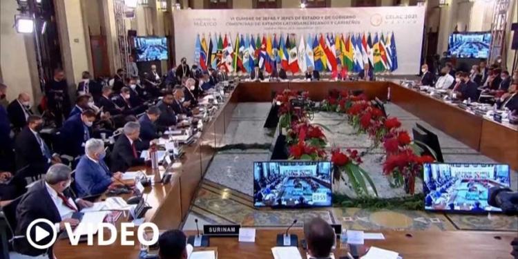 cruce en la celac maduro desafio al presidente de paraguay a debatir sobre democracia