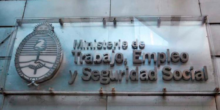 el gobierno convoco para el proximo martes al consejo del empleo y el salario