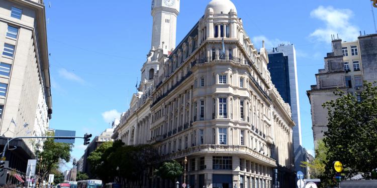 el oficialismo buscara habilitar la construccion de torres que exceden la altura permitida