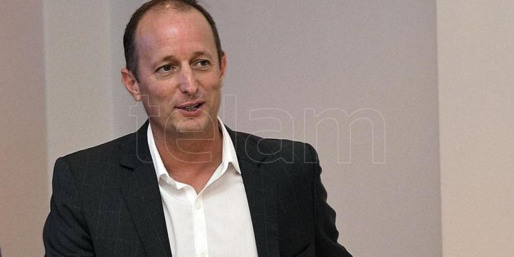 insaurralde el intendente que impulso la renovacion del pj bonaerense