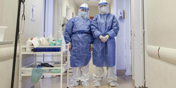 murieron 135 personas y hubo 2 493 nuevos contagios de coronavirus