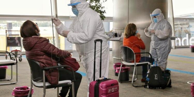 se elimina el aislamiento para quienes regresan del exterior con vacunacion completa