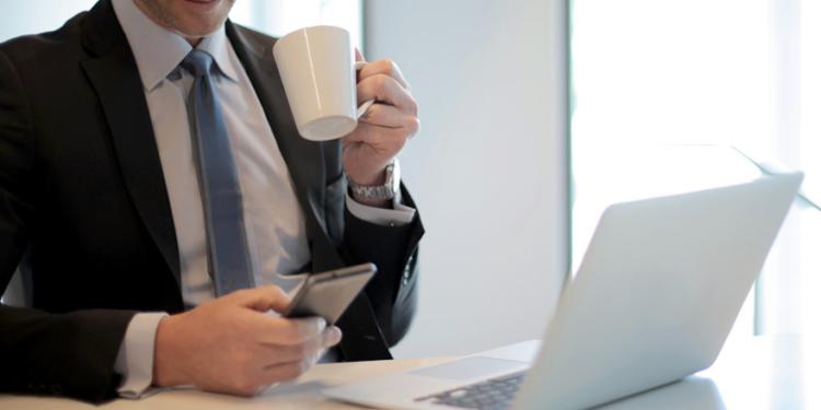 7 pasos para mejorar la senal de wi fi con papel aluminio