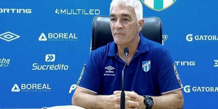 de felippe dejo de ser el entrenador de atletico tucuman