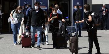 desde este martes se eliminan los cupos de ingreso a argentina para el transporte aereo