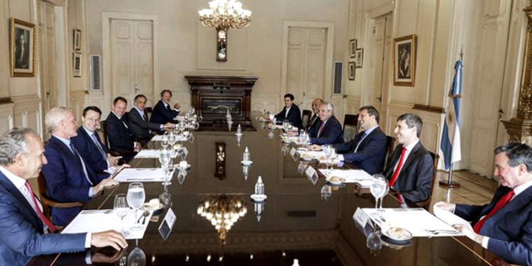 el presidente rechazo que el acuerdo con el fmi se postergue y pidio decirle si a la argentina