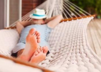 estos son los verdaderos beneficios de las siestas cortas durante el dia