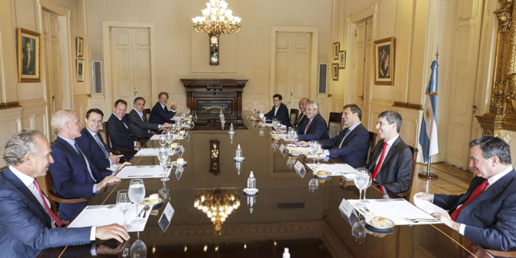 la creacion de empleo genuino fue el eje de un dialogo entre el presidente y empresarios