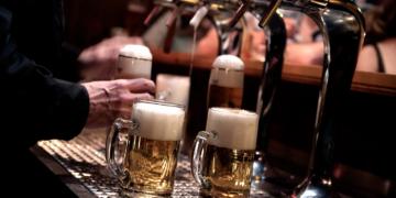 la plata celebra oktoberfest para impulsar la actividad de productores de cerveza
