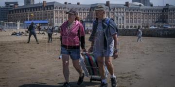 los municipios costeros bonaerenses resaltaron el balance positivo del turismo en el fin de semana largo